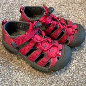 Keen girls sandals 12